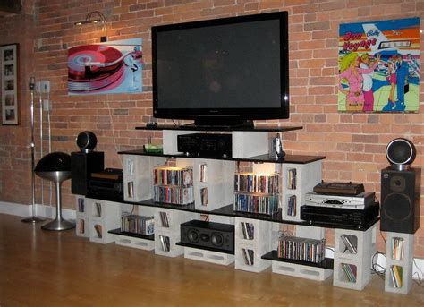 Diy-Entertainment-Table