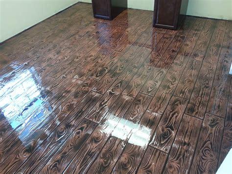 Diy-Epoxy-Floor-Coating-That-Looks-Like-Wood