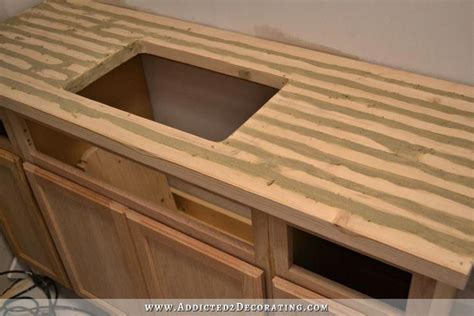 Diy-Epoxy-Wood-Filler-Plywood-Outdoors