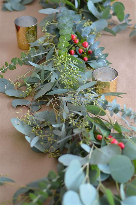 Diy-Eucalyptus-Garland-Table-Runner