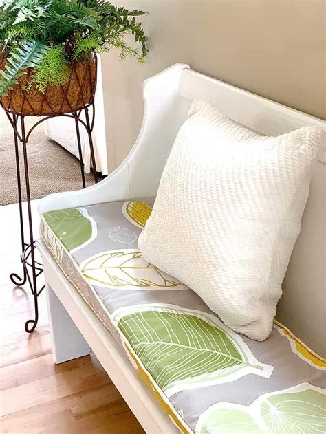Diy-Fabric-Bench-Cushion
