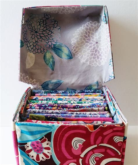 Diy-Fabric-Box-With-Lid
