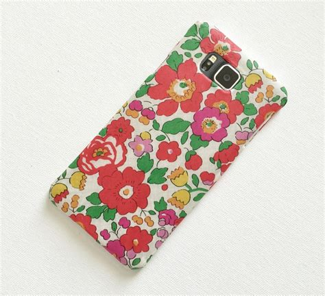 Diy-Fabric-Phone-Case