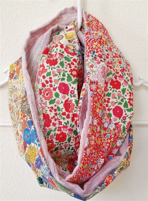 Diy-Fabric-Scarf