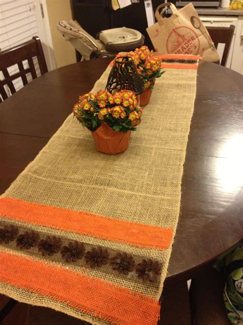 Diy-Fall-Burlap-Table-Runner