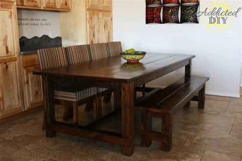 Diy-Farmhouse-Table-With-Extensions