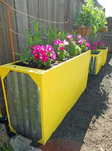 Diy-File-Cabinet-Planter
