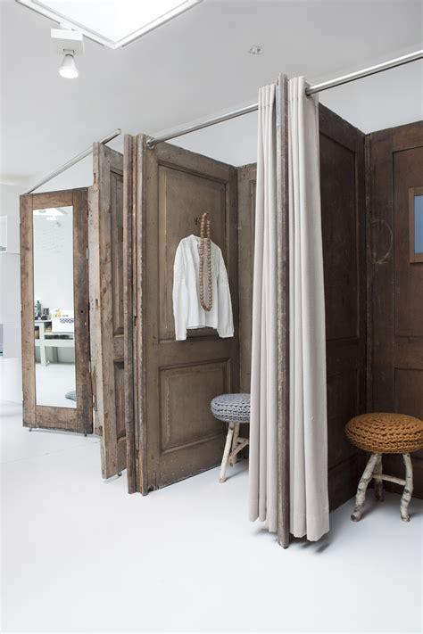 Diy-Fitting-Room-Door