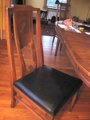 Diy-Fix-Rough-Corners-Table-On-A-Budget