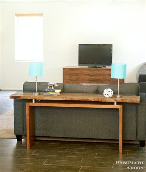 Diy-Floating-Console-Table