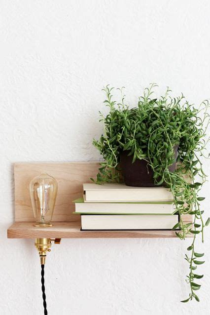 Diy-Floating-Light-Bulb-Shelf