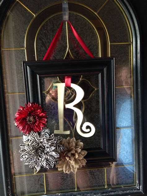 Diy-Floral-Door-Frame-Decor