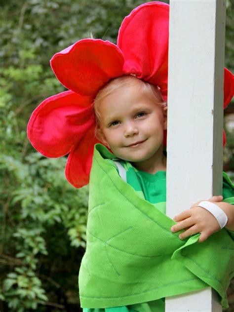Diy-Flower-Halloween-Costume