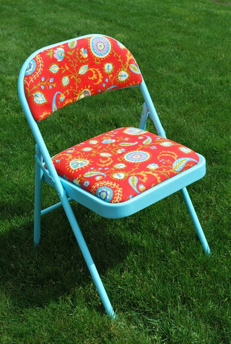 Diy-Foldable-Table-W-Chairs
