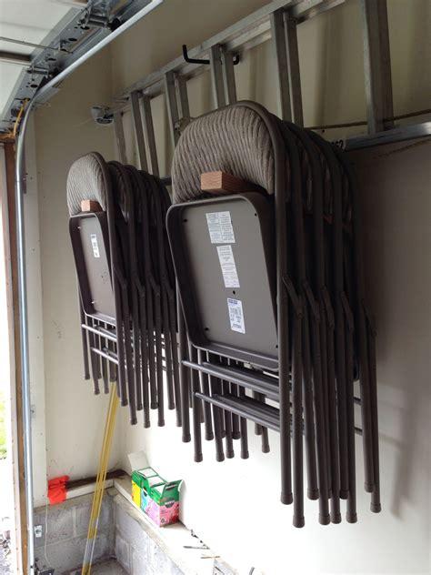 Diy-Folding-Chair-Storage