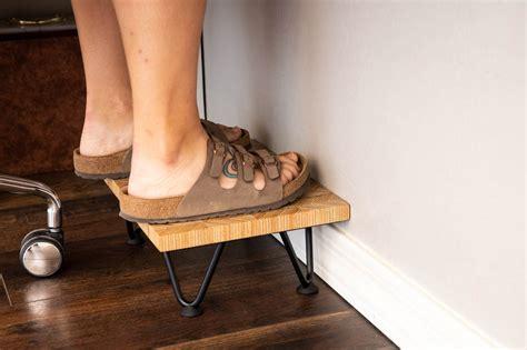 Diy-Foot-Stool-For-Desk