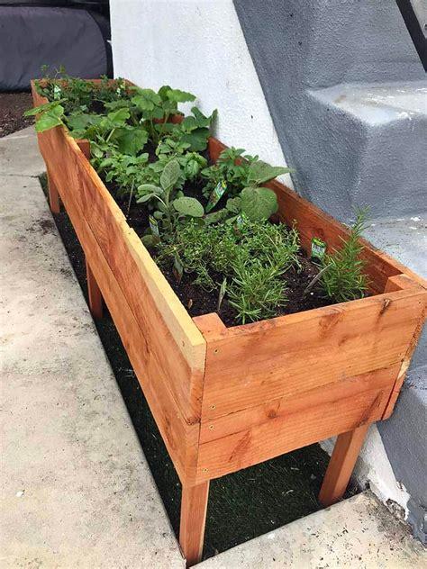Diy-Free-Standing-Planter-Box