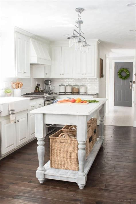 Diy-Furniture-Style-Kitchen-Island