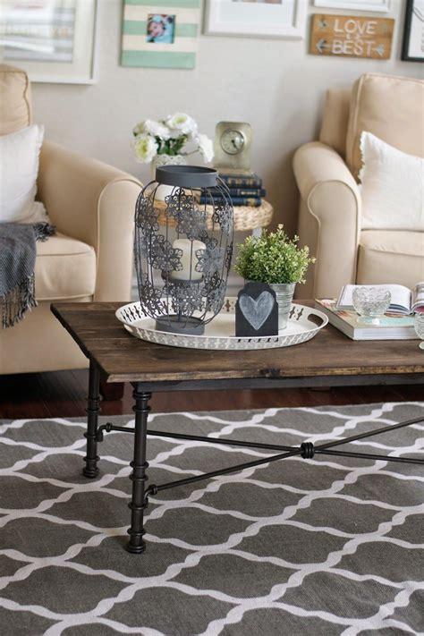 Diy-Gallery-Coffee-Table