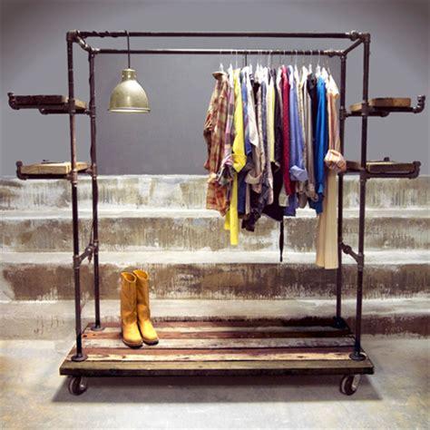 Diy-Galvanized-Pipe-Clothes-Rack