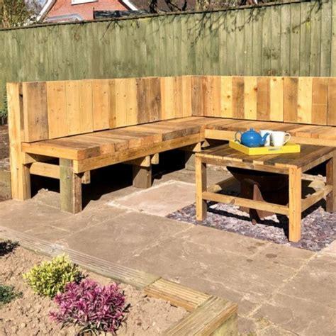 Diy-Garden-Bench-Seating
