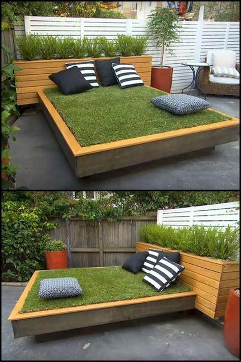Diy-Garden-Furniture-Ideas