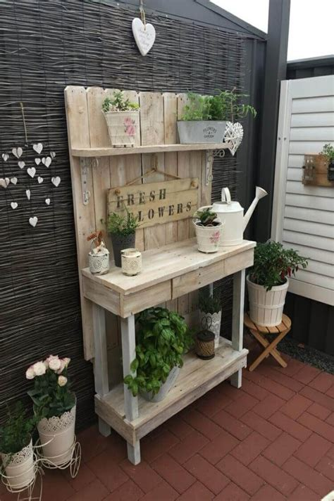 Diy-Garden-Planting-Table