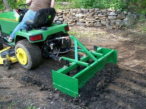 Diy-Garden-Tractor-Box-Scraper