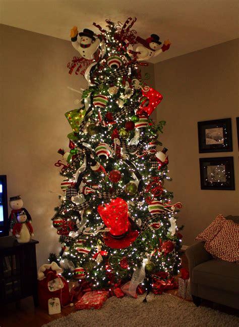 Diy-Giant-Christmas-Tree