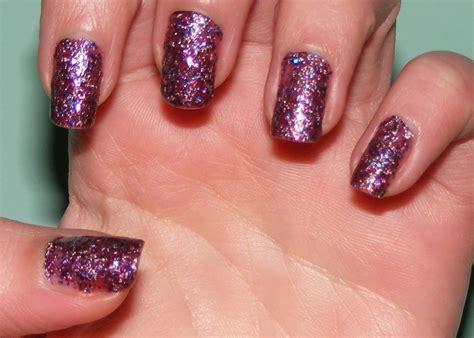 Diy-Glitter-Nail-Polish