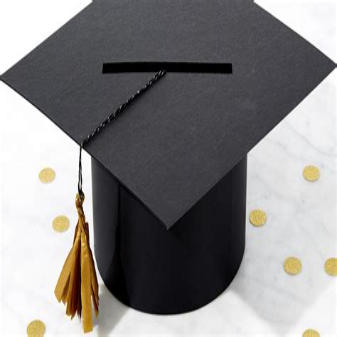 Diy-Graduation-Hat-Card-Box