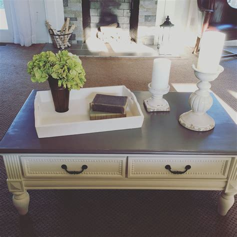 Diy-Grey-Stained-Coffee-Table