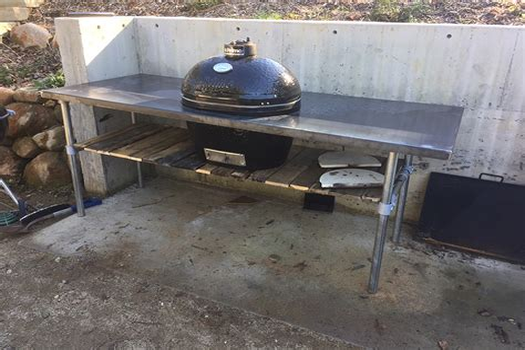 Diy-Grill-Table-Metal-Pipe