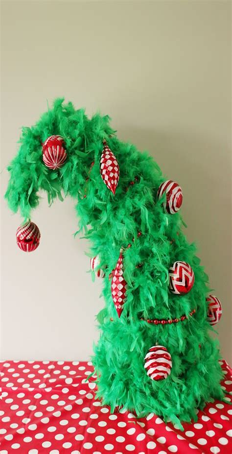 Diy-Grinch-Christmas-Tree