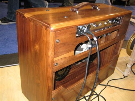 Diy-Guitar-Amp-Speaker-Cabinet