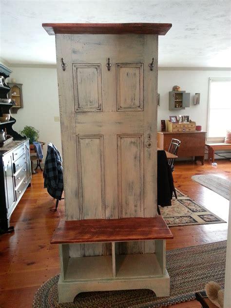 Diy-Hall-Tree-Made-From-Old-Door
