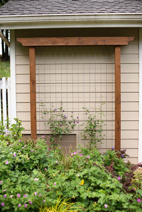 Diy-Hallway-Plant-Table-In-Arch