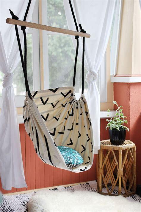 Diy-Hammock-Chair-For-Bedroom