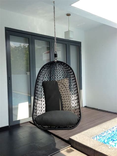 Diy-Hanging-Chair-Ceiling-Mount