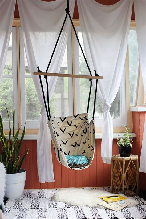 Diy-Hanging-Chair-For-Your-Room
