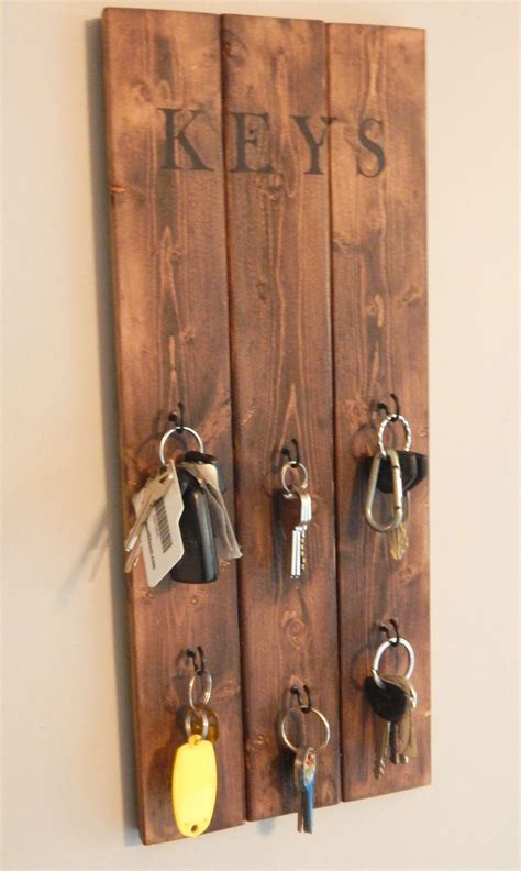 Diy-Hanging-Key-Rack