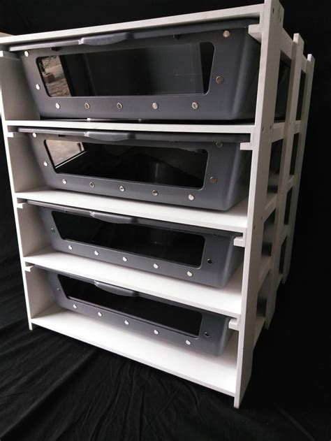 Diy-Heated-Snake-Rack