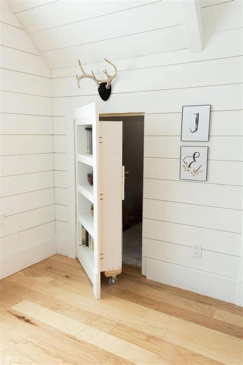 Diy-Hidden-Door-Bookcase