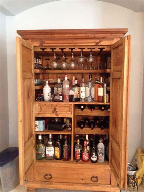 Diy-Hidden-Liquor-Cabinet