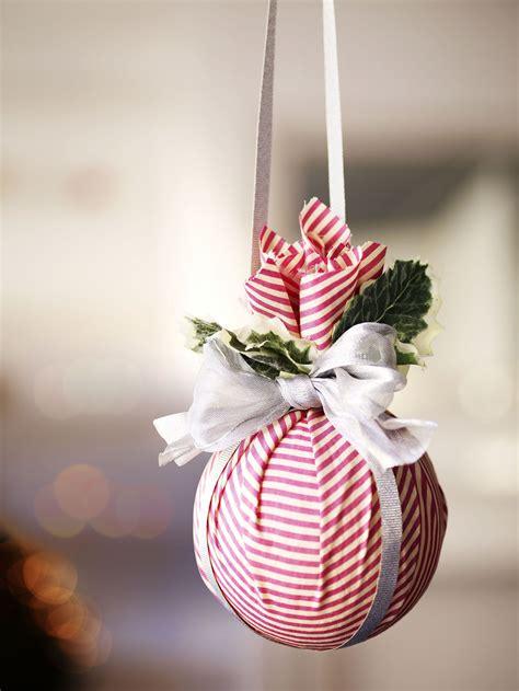 Diy-Holiday-Ornaments