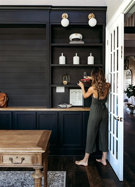 Diy-Home-Office-Shelves