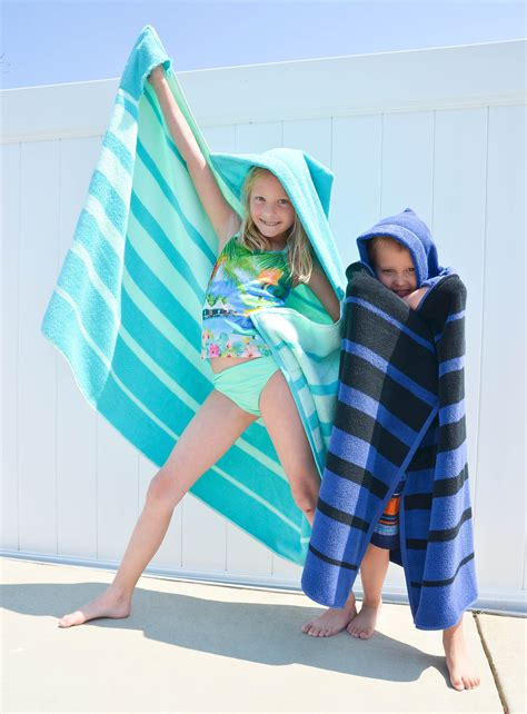 Diy-Hooded-Towel