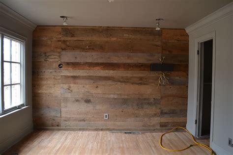 Diy-Horizontal-Wood-Paneling
