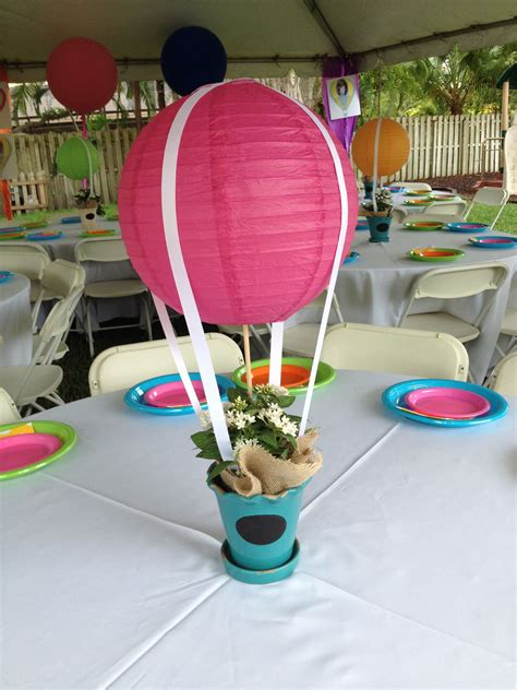Diy-Hot-Air-Balloon-Table-Centerpieces