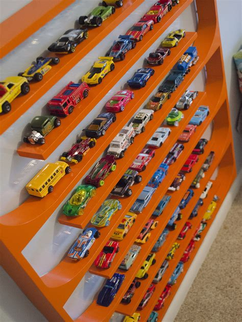 Diy-Hot-Wheels-Display-Shelf